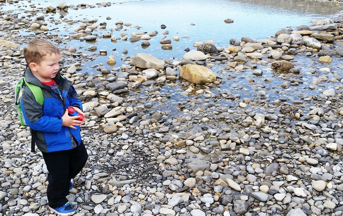 10 Tips for Rock and Fossil Hunting in Alberta