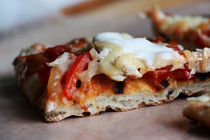 how to make pizza on the bbq