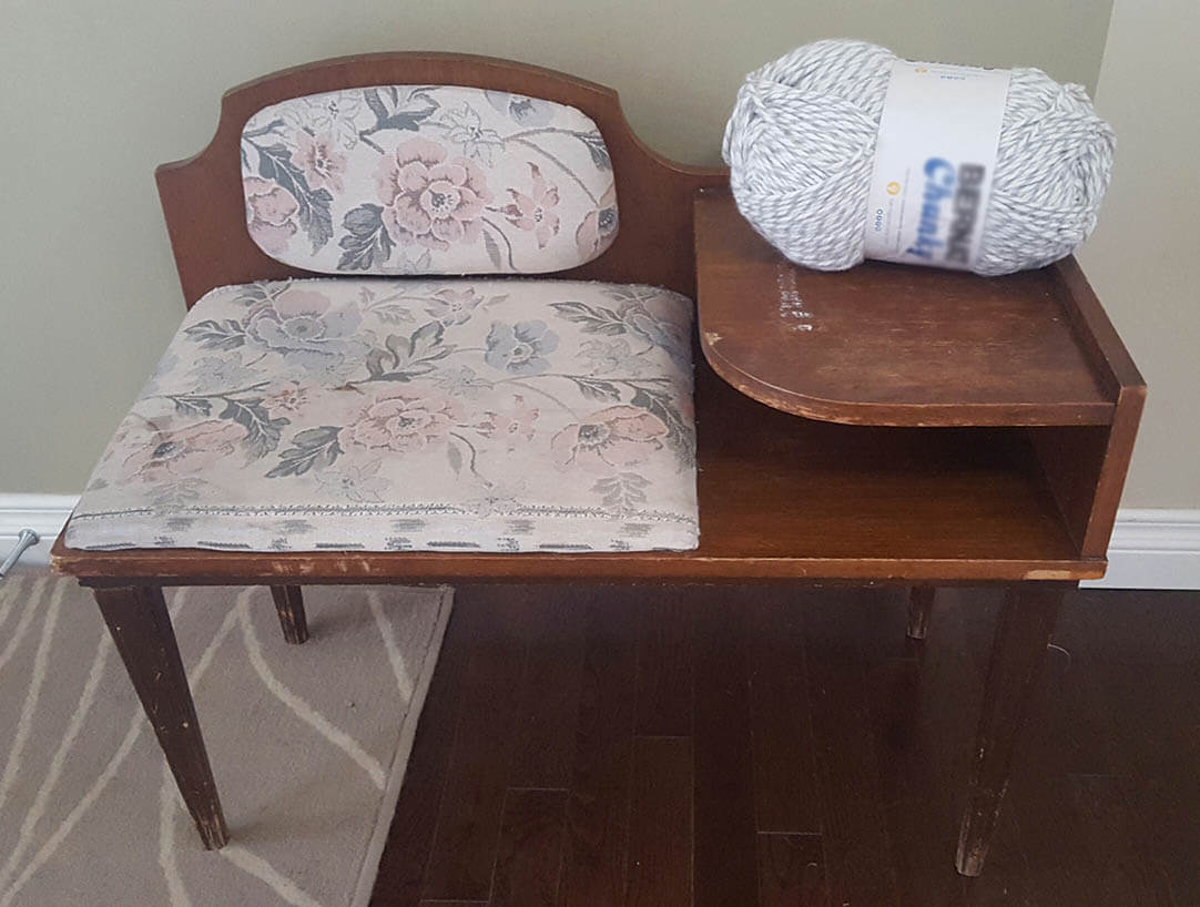 Vintage Bench – from Boring to Mauve-lous!